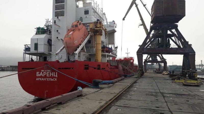 Barents delivered cargo to Tiksi